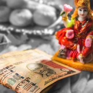 puja for money